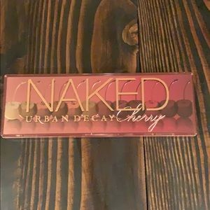 Naked Cherry Pallet